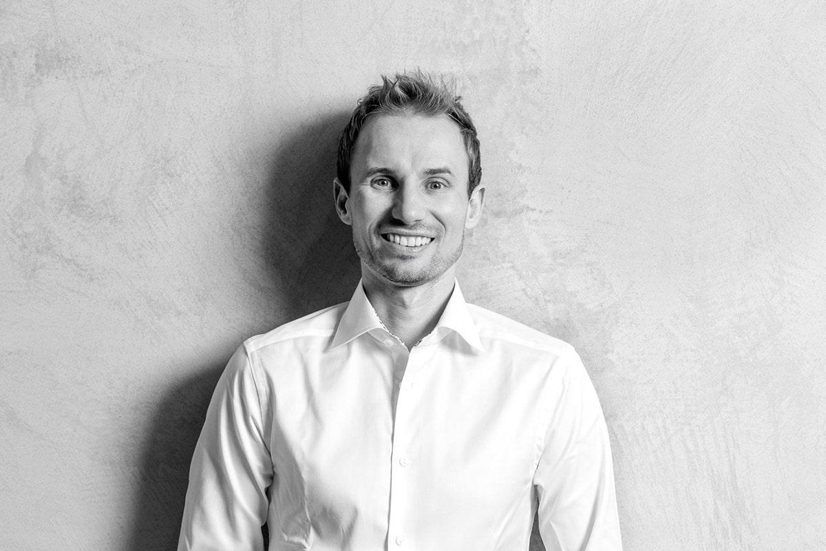 Dr. Florian Steck von Kern Steck Implantologie und Dentalchirurgie in Waiblingen